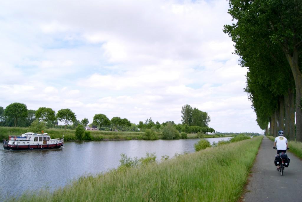 Sur les bords de Lescault- Belgique