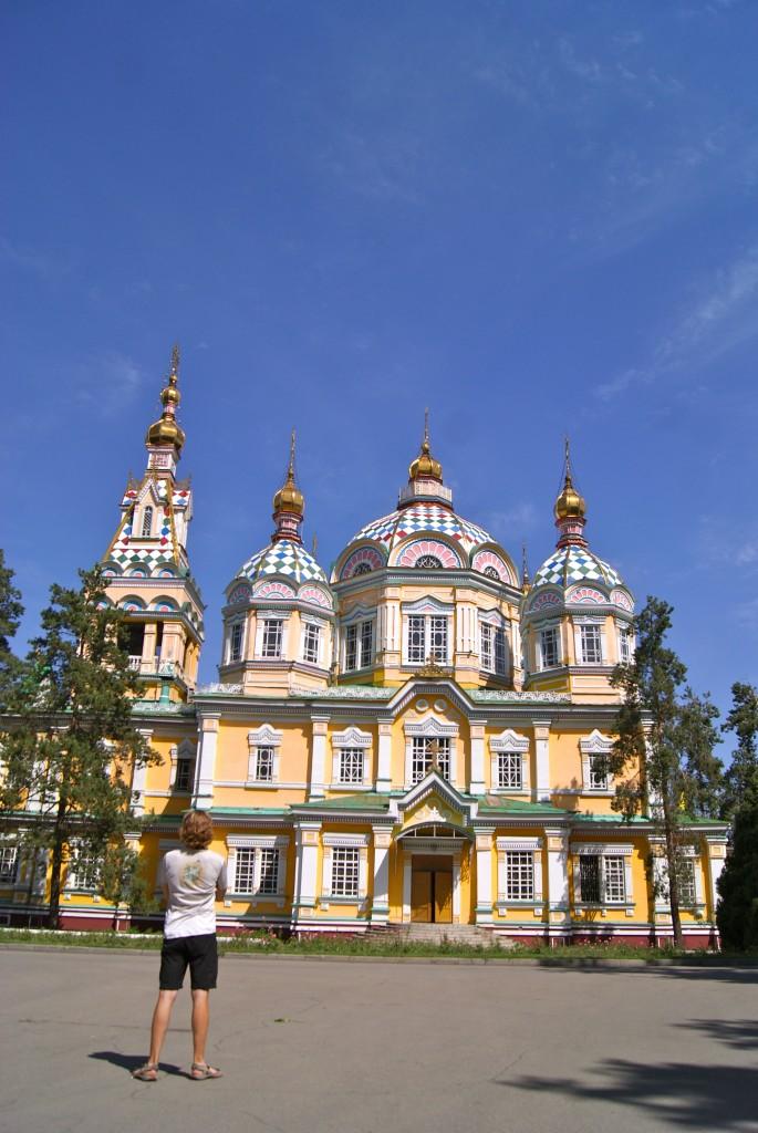 Eglise orthodoxe dans le centre d'Almaty
