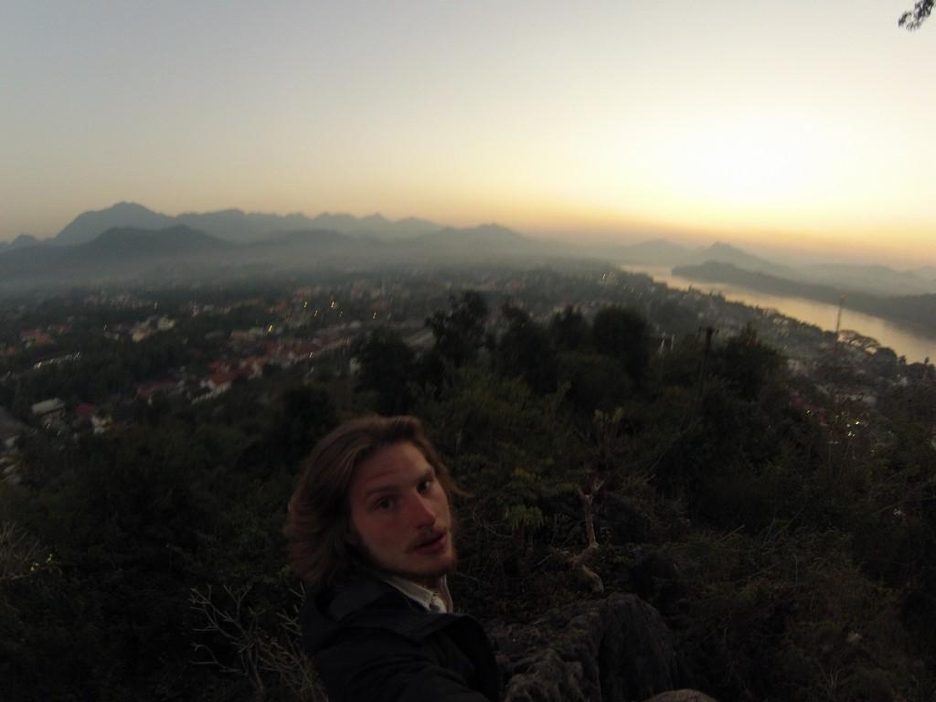 Coucher de soleil sur Luang Prabang vue du Phoussi Hill