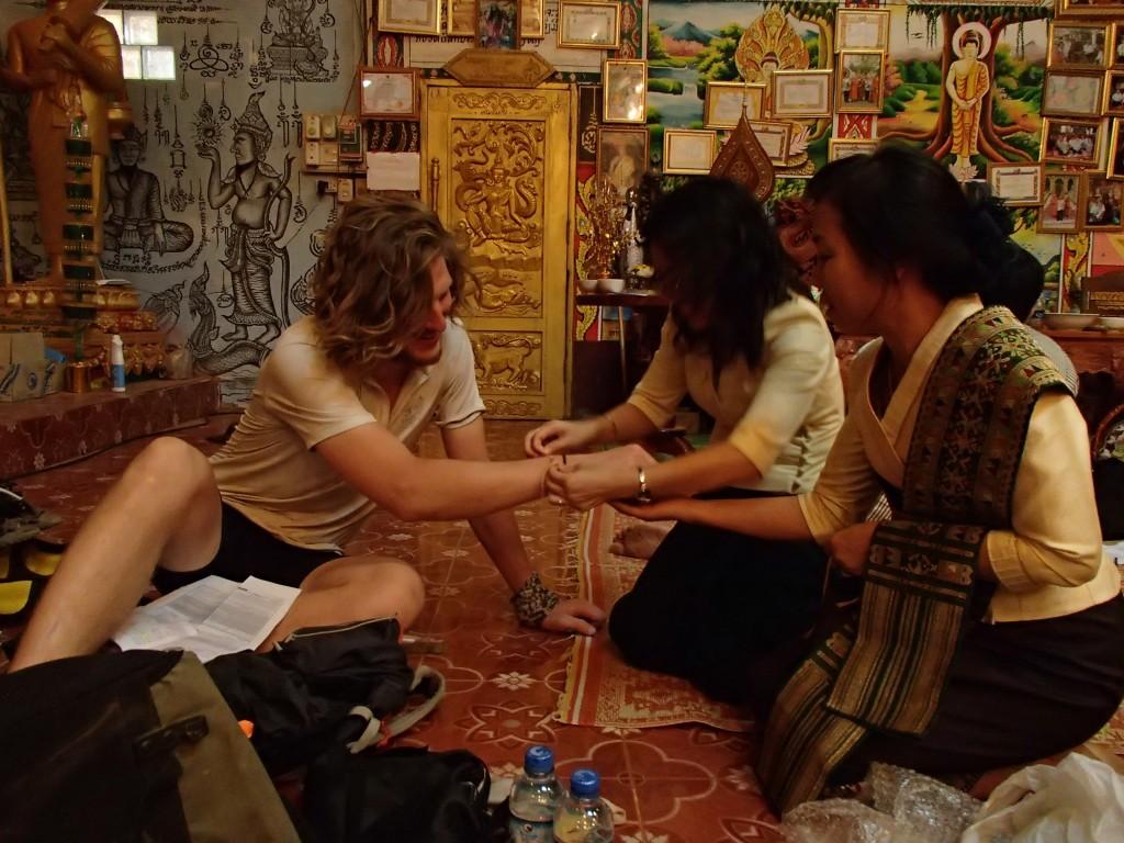 Bracelets protecteurs ! (crédit photos Sandra Gilles)