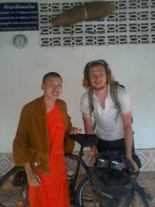 Nouvel ami, Phaivan Bounthavong, novice, rencontré à Thakhek